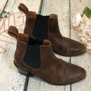 John Fluevog 7 Chelsea Ankle Boots Brown Leather